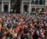 Gilet arancioni a Milano